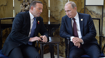 'It's called a koala, Tony': Twitter explodes after Abbott trades 'shirtfronting' Putin for cuddly joint pic