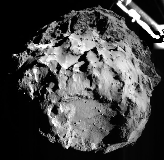 A handout photo released on November 12, 2014 by the European Space Agency and acquired the same day by the ROLIS (ROsetta Lander Imaging System) instrument, a descent and close-up camera on the Philae Lander, shows the comet 67P/Churyumov-Gerasimenko during Philae's descent at 14:38:41 UT, from a distance of approximately 3 km from the surface. (AFP/ESA)