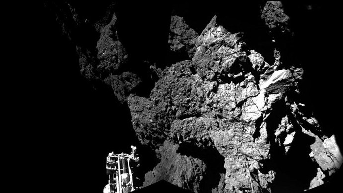 First photo! Rosetta's historic Philae lander sends pic of new comet home