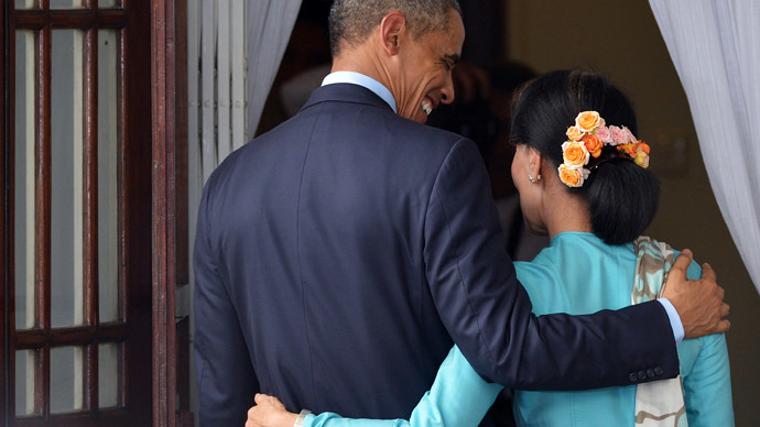 Play it by ear: Obama stuns Aung San Suu Kyi with kiss