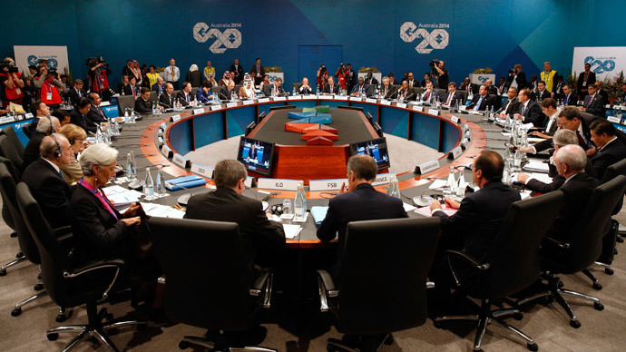 Leaders meet at the first plenary session at the G20 summit in Brisbane November 15, 2014. (Reuters / Kevin Lamarque)