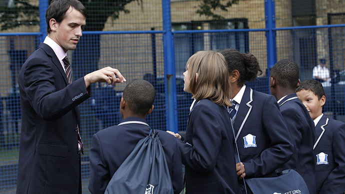 UK teachers asked to inform police on extremist students