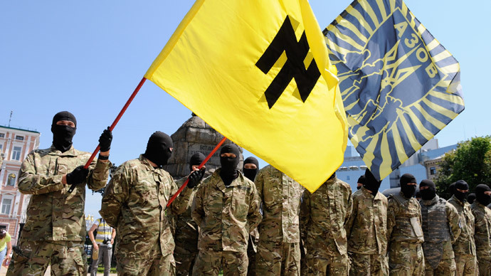 Azov battalion soldiers take an oath of allegiance to Ukraine in Kiev's Sophia Square before being sent to the Donbass region (RIA Novosti / Alexandr Maksimenko)