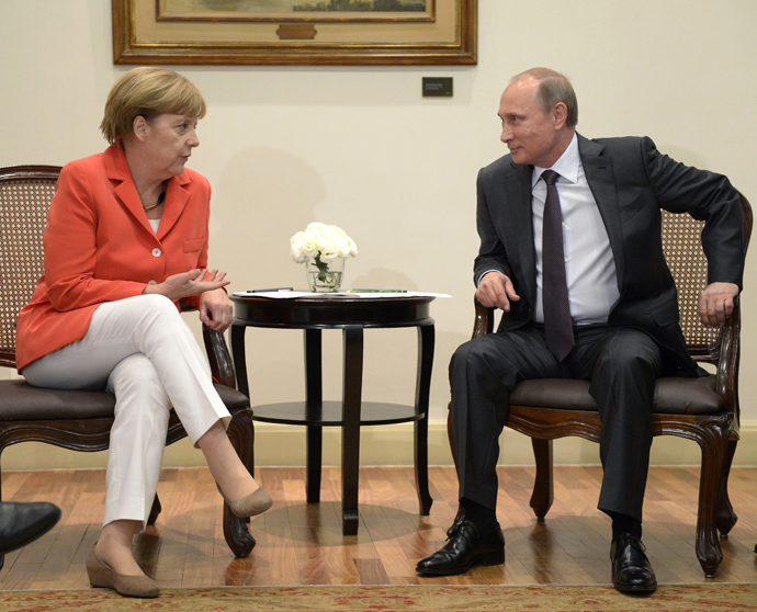 Russian President Vladimir Putin and German Chancellor Angela Merkel after their meeting in Rio de Janeiro (RIA Novosti / Aleksey Nikolskyi)
