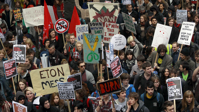 #FreeEducation: Students march against tuition fees & cuts in London