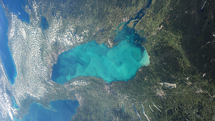 Industrial pollution turning Canadian lakes into 'jelly'