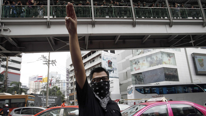 5 students detained for 'Hunger Games' salute at Thai PM