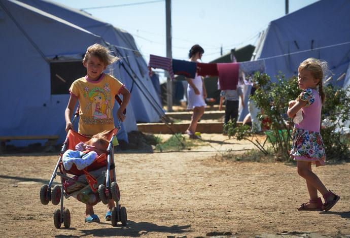 Children in a camp for Ukrainian refugees outside the Russian city of Donetsk, Rostov Region. (RIA Novosti / Alexei Danichev)