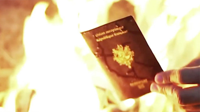 French ISIS fighters burn passports, call for attacks on home soil in video