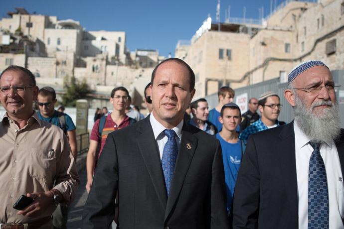 Jerusalem Mayor and candidate for the municipal elections, Nir Barkat (AFP Photo / Menahem Kahana)