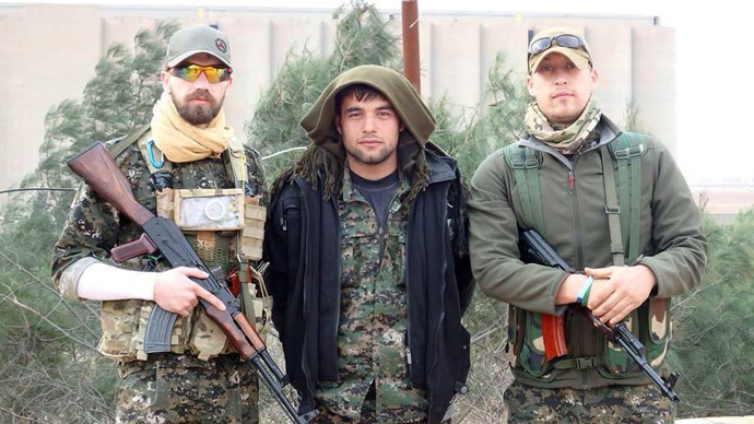 Int'l anti-ISIS brigade: Westerners flock to fight for Kurds
