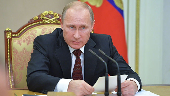 Putin signs 'anti-offshore' law