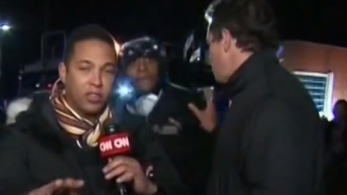 "'F**k CNN!"" - Angry protesters disrupt Ferguson live coverage"
