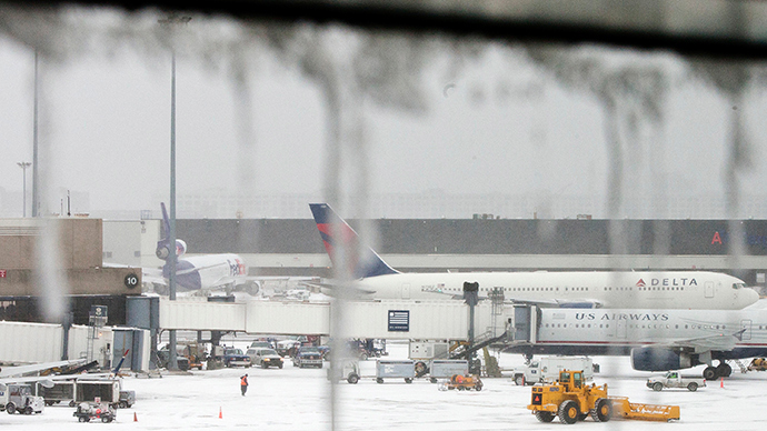 Thanksgiving mess: Airlines cancel hundreds of flights as storm rips through Northeast