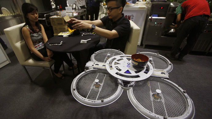 Flying robots to work as waiters in Singapore