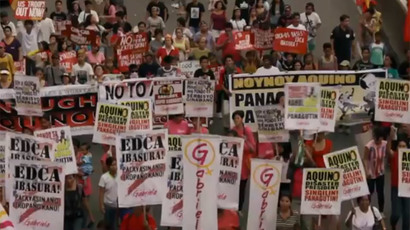 Thousands march in Manila against military accord with 'imperialist' US