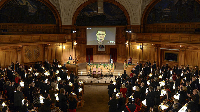 Snowden receives Swedish 'alternative Nobel Prize' via video from Moscow