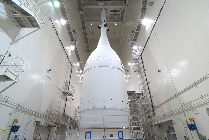 This November 10, 2014 NASA photo shows the Orion spacecraft at the Launch Abort System Facility at NASA's Kennedy Space Center in Florida (AFP Photo / NASA)