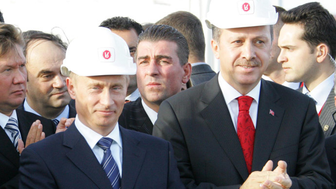 Putin and Erdogan in 2005 at the opening of the Blue Stream pipeline. Blue Stream currently has a capacity of 16 bcm per year, and on Monday, the two countries agreed to increase it to 19 bcm. (RIA Novosti/Sergey Zhukov)