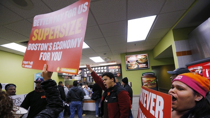 New wave of protests: All major US cities hit with minimum wage rallies