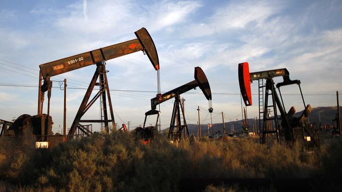 Russia is facing $70 per barrel oil prices, compared to $10 in 1998. David McNew/Getty Images/AFP