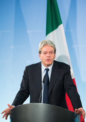 Italian Foreign Affairs Minister Paolo Gentiloni (AFP Photo / DPA / Lukas Schulze)