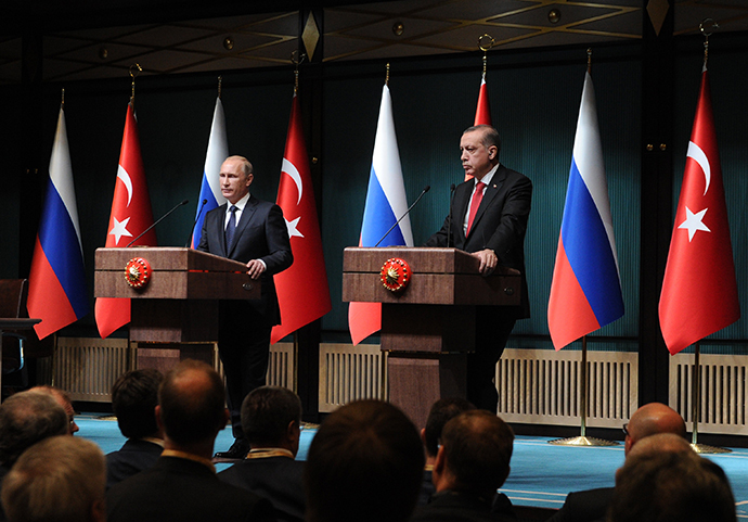Russian President Vladimir Putin, left, and President of Turkey Recep Tayyip Erdogan at the concluding news conference in Ankara December 1, 2014. (RIA Novosti / Michael Klimentyev)