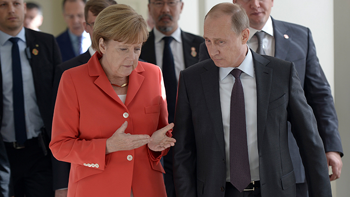 Prominent Germans urge West to stop sabre rattling toward Russia