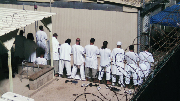 ​US sends 6 Guantanamo Bay detainees to Uruguay as 'refugees'