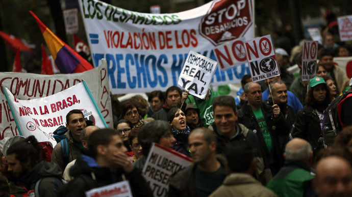 Spain passes strict anti-protest law