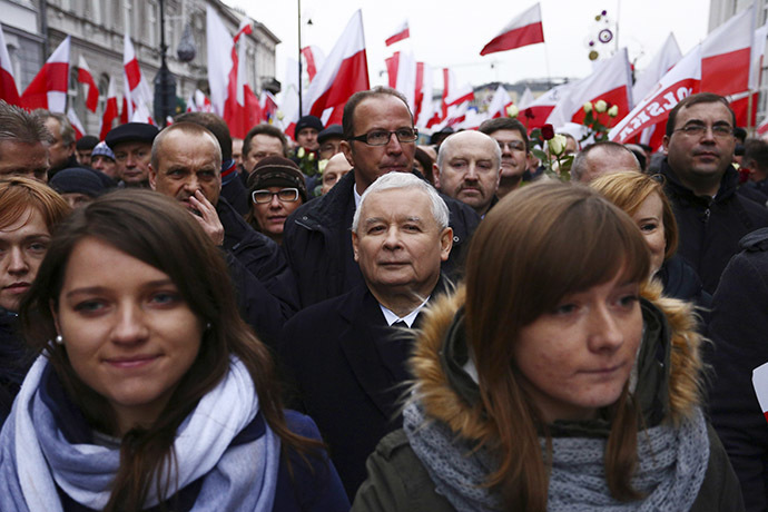 Jaroslaw Kaczynski (C rear), leader of the Polish Law and Justice (PiS) party, takes part in a demonstration march in Warsaw December 13, 2014. (Reuters/Jacek Marczewski/Agencja Gazeta)