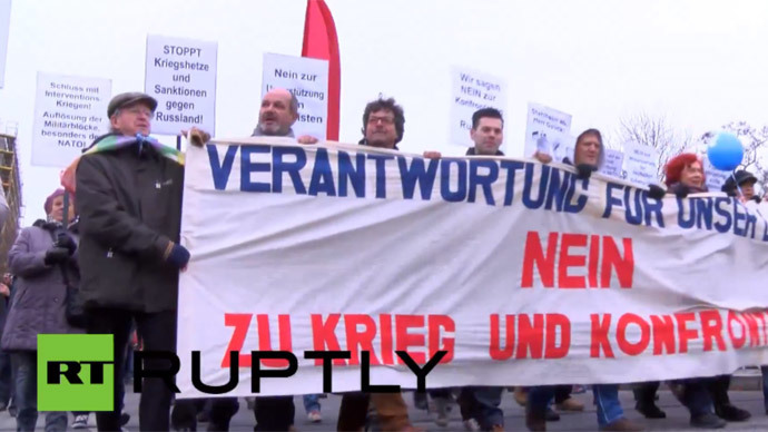 Berlin anti-war rally protests NATO militarism, anti-Russian warmongering (VIDEO)