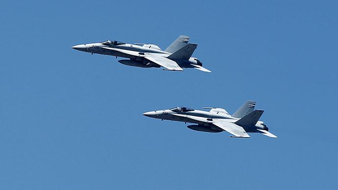 U.S. F-18 fighter jets (Reuters / Mike Blake)