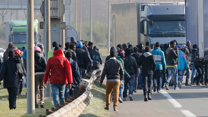 15 Calais migrants killed trying to enter UK