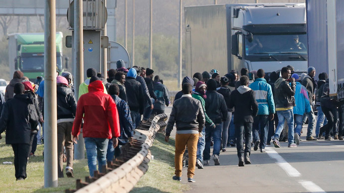 3,000 migrants a month caught attempting to enter UK - govt