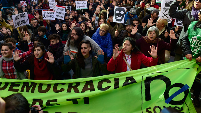 Rallies staged in over 30 Spanish cities against tough new anti-protest law (PHOTOS)