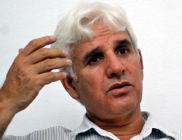 Father of Akhlas Akhlaq (Reuters/Faisal Mahmood)