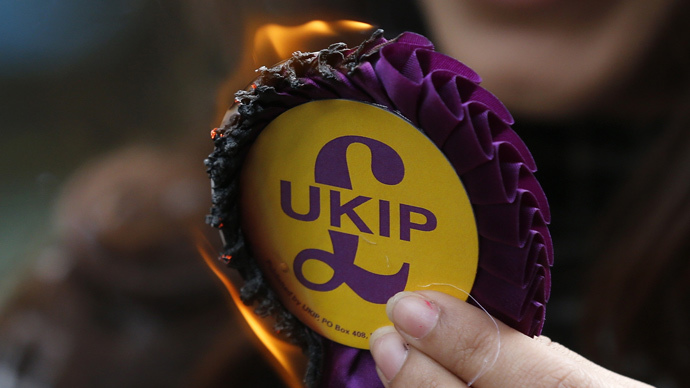 UKIP tells members not to use Twitter or Facebook