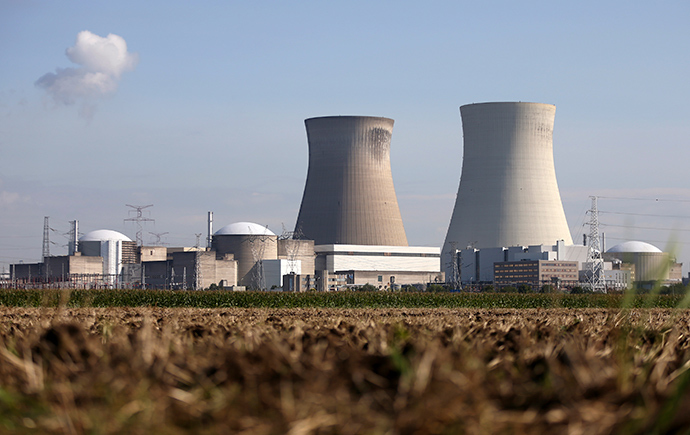 The Doel nuclear plant is pictured in northern Belgium (Reuters / Francois Lenoir)