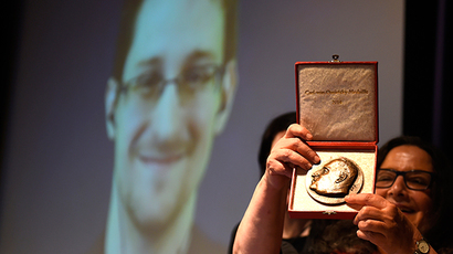 Snowden documentary CitizenFour wins DGA award for director Laura Poitras