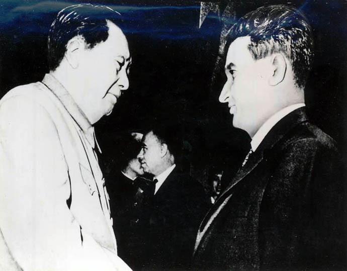 Nicolae Ceausescu and Mao Zedong (iiccr.ro/#E557)