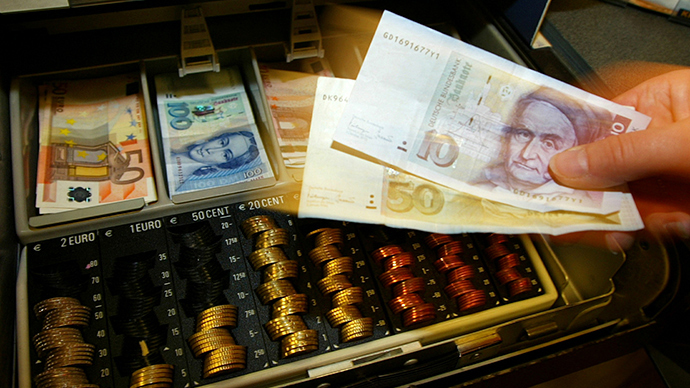 ​Germans hoard €6.6 billion worth of obsolete Deutschmarks