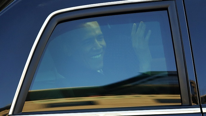 Volunteers without full background checks drive in Obama's motorcade