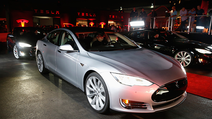 Elon Musk to Chinese auto buyers: Trade in old car for discount on $100k Tesla