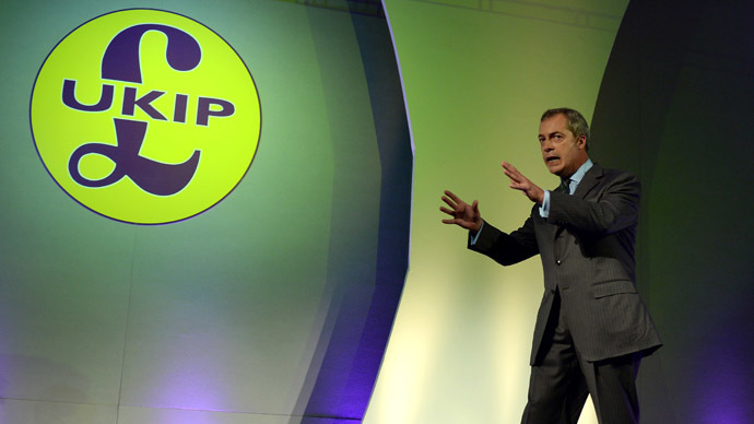 ​UKIP's Farage threatens to weed out NHS workers who don't 'speak English properly'