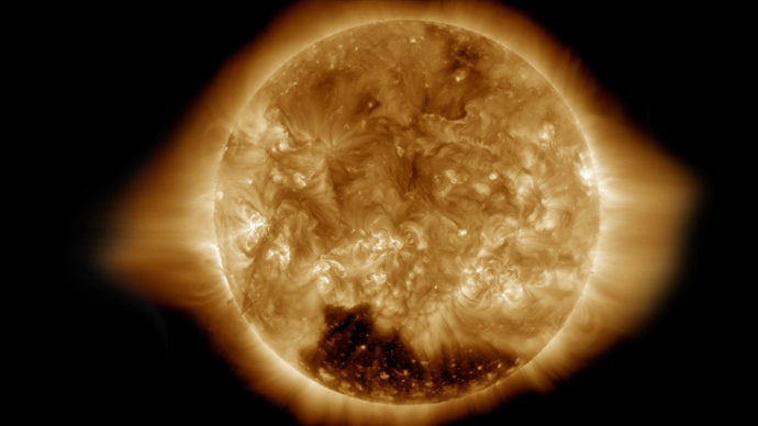 NASA detects enormous 'coronal hole' on Sun's South Pole (PHOTO)