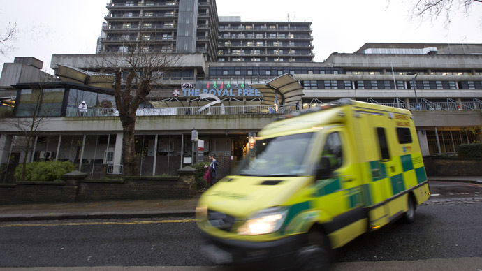 Charity reviews Ebola safety procedures, UK nurse in 'critical condition'