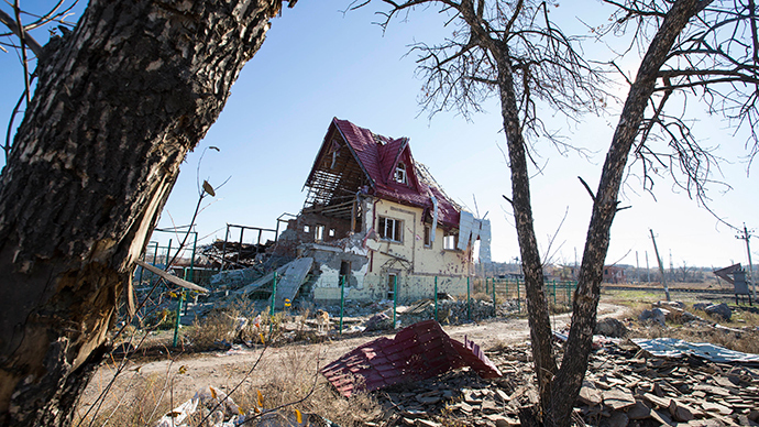 A house damaged by recent shelling is seen in the village of Semyonovka near Slaviansk, eastern Ukraine (Reuters / Vasily Fedosenko)
