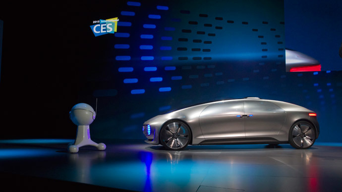 The Mercedes-Benz F015 Luxury in Motion autonomous concept car is shown on stage during the 2015 International Consumer Electronics Show (CES) in Las Vegas, Nevada January 5, 2015.(Reuters / Steve Marcus)