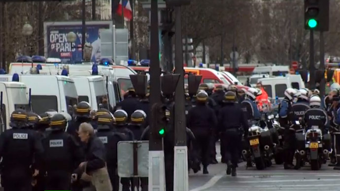 Armed man takes several hostages in Paris store, police operation underway
